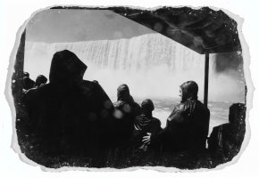 Black and white photo: Niagra Falls, sanded